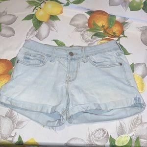 Old Navy Light Wash Cuffed Jean Shorts sz 0